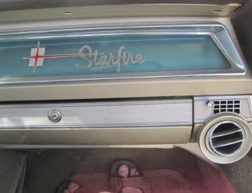 1962 Oldsmobile Starfire Glove Compartment